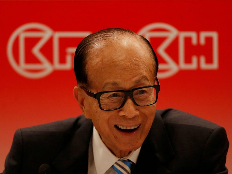 Hong Kong tycoon Li Ka-shing at a news conference announcing CK Hutchison Holdings company results. Photo: Reuters/Bobby Yip