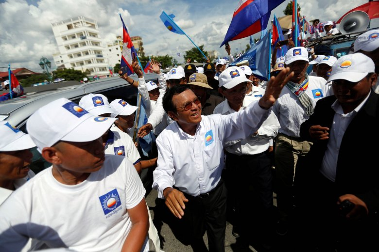 President of the opposition Cambodia National Rescue Party (CNRP) Kem Sokha arrives at a campaign rally in Phnom Penh, Cambodia June 2, 2017. REUTERS/Samrang Pring