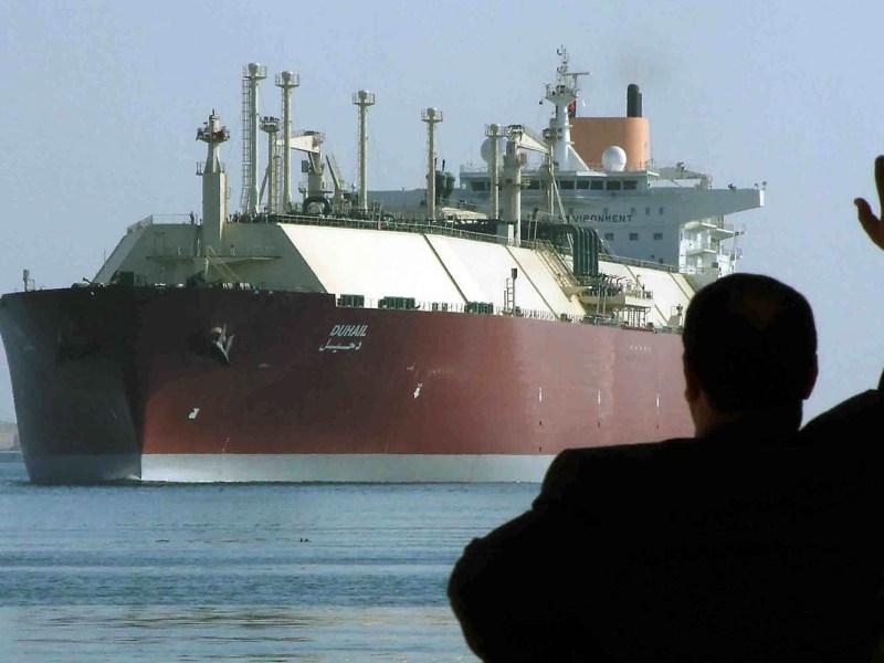 A Qatari-flagged LNG tanker crosses through the Suez Canal. Photo: Reuters