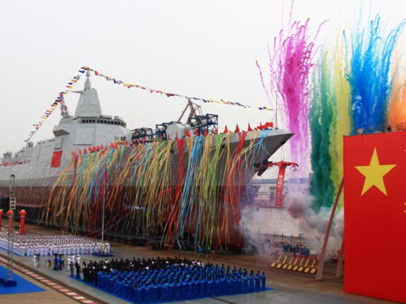 China's new type of domestically-built destroyer, a 10,000-tonne warship, is seen during its launching ceremony at the Jiangnan Shipyard in Shanghai, China June 28, 2017. Photo: Reuters