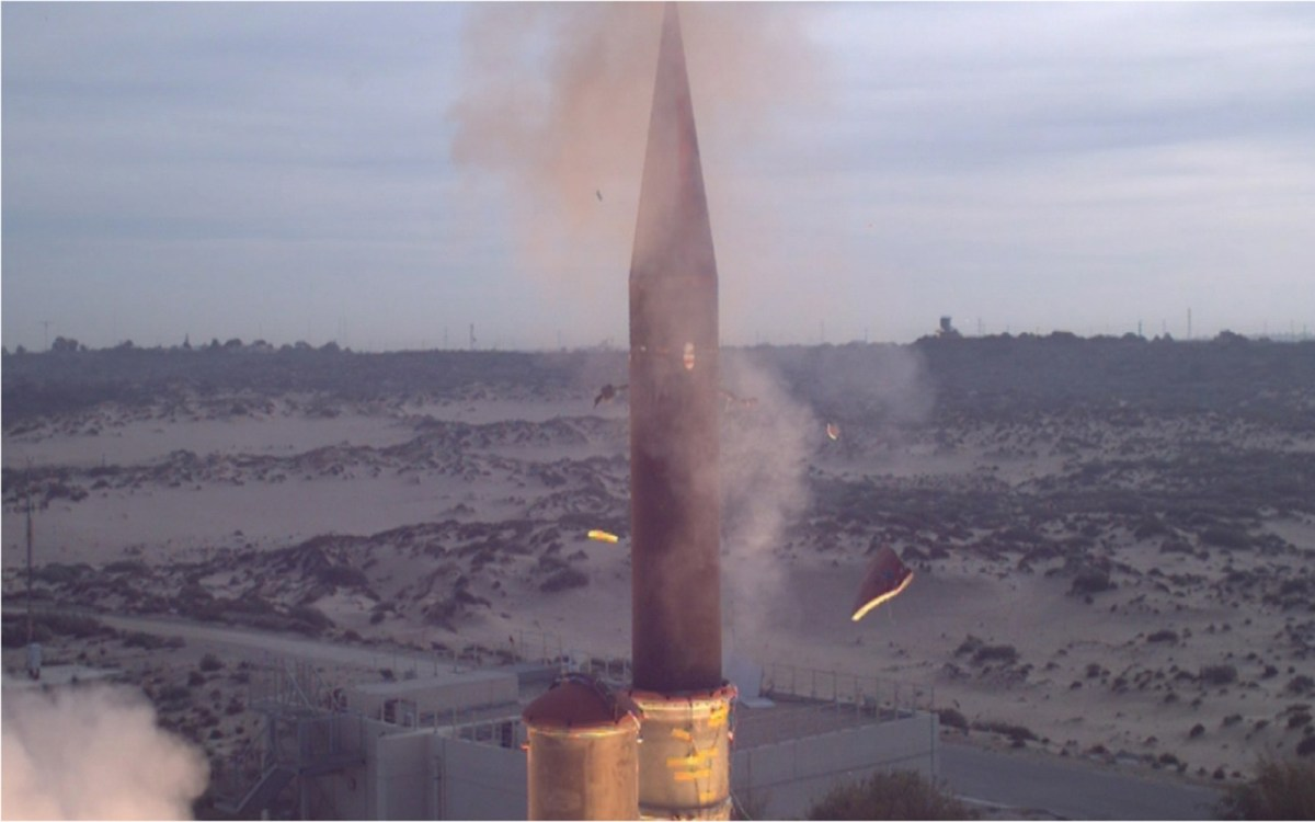 An Arrow-3 interceptor missile is launched before successfully flying an exo-atmospheric trajectory through space, according to the test plan. Photo: Wikipedia Commons