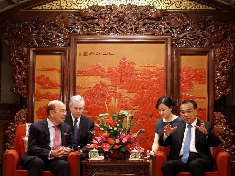 US Secretary of Commerce Wilbur Ross meets Chinese Premier Li Keqiang at the Zhongnanhai state guesthouse in Beijing, China, September 25, 2017.  Photo: Reuters/Thomas Peter