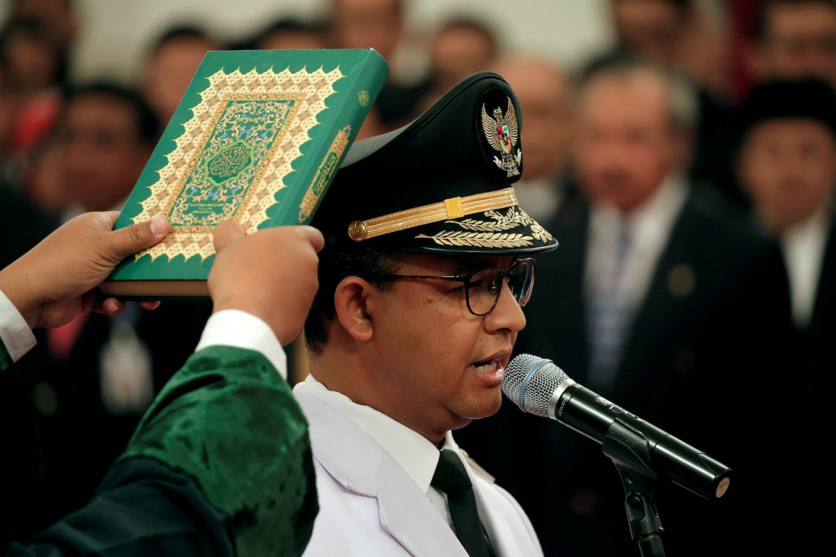 Jakarta Governor Anies Baswedan during a swearing-in ceremony at the Presidential Palace in Jakarta, Indonesia, October 16, 2017. Photo: Reuters/Beawiharta