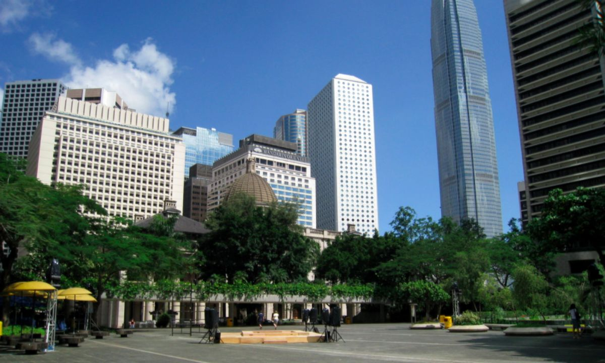 Chater Garden in Central, Hong Kong Island. Photo: Wikipedia, WiNG