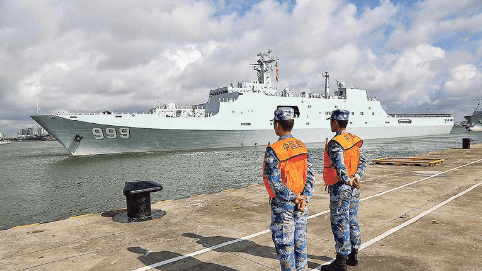 China has deployed a number of destroyers and cruisers in the anti-piracy patrol in the Gulf of Aden. These warships will be able to intercept Taiwan-boud tanks in the event of war. Photo: Xinhua