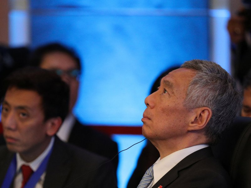 Singapore Prime Minister Lee Hsien Loong attends the opening session of the 20th ASEAN-JAPAN Summit in Manila, Philippines November 13, 2017. Photo: Reuters/Athit Perawongmetha