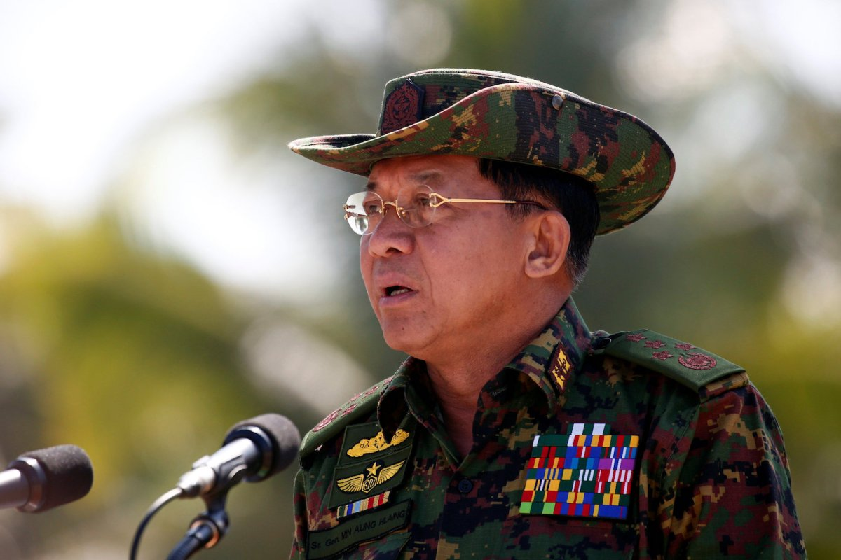 Myanmar military commander-in-chief, Senior General Min Aung Hlaing, attends a military exercise at Ayeyarwaddy delta region in Myanmar, February 3, 2018. REUTERS/Lynn Bo Bo/Pool