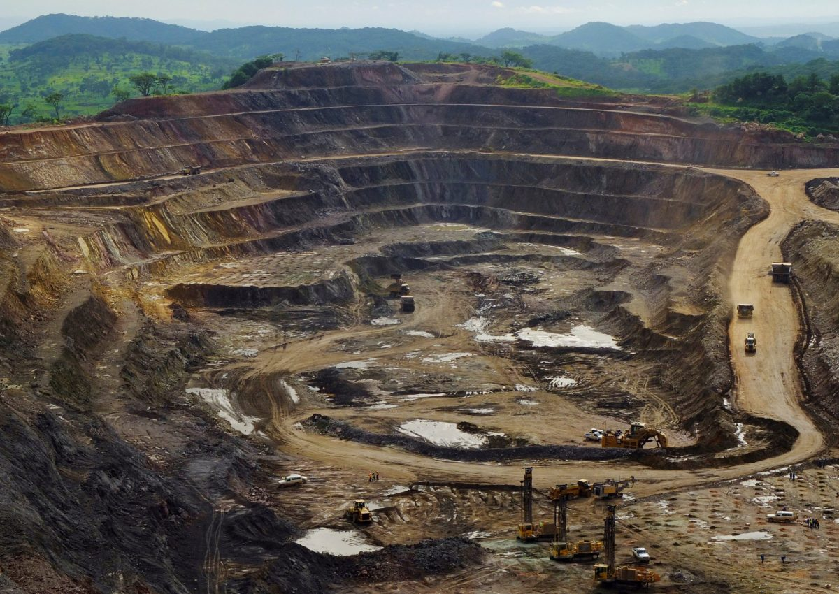 Excavators and drillers work in an open pit at Tenke Fungurume, a copper and cobalt mine in the Democratic Republic of Congo. BMW hopes to use blockchain to source ethical cobalt. Photo: Reuters / Jonny Hogg