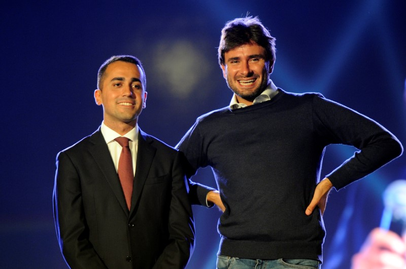 Five Star Movement leaders Luigi Di Maio (L) and Alessandro Di Battista. Photo: Reuters/Guglielmo Mangiapane
