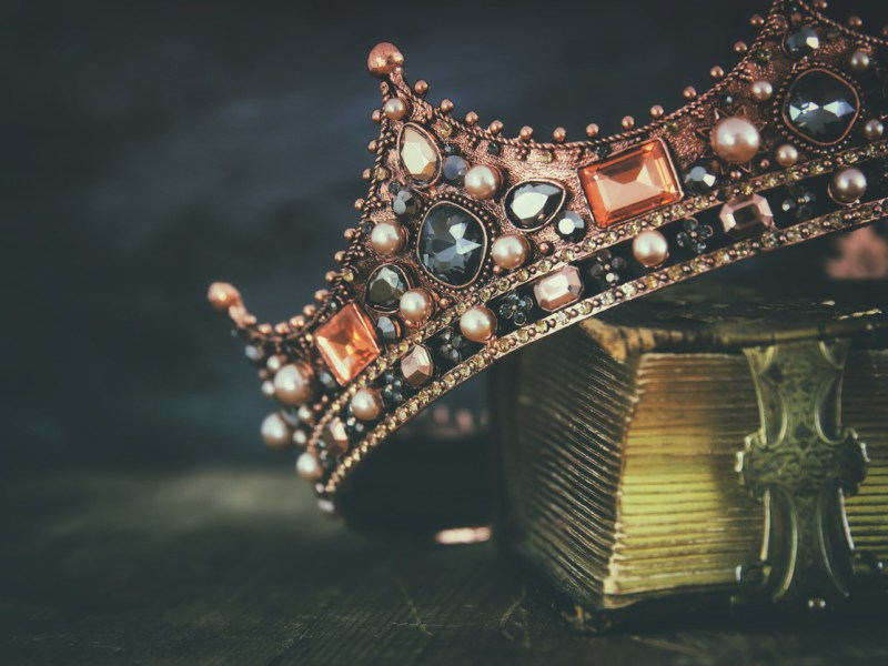 A royal crown. Photo: iStock