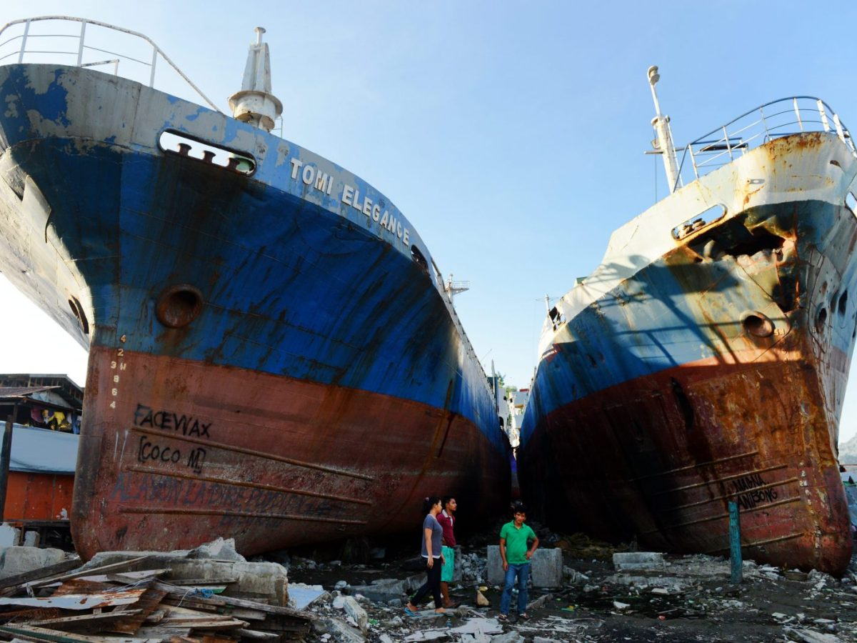 Ships washed ashore when Typhoon Haiyan tore through the eastern and central Philippines in 2013. Photo: Frank May