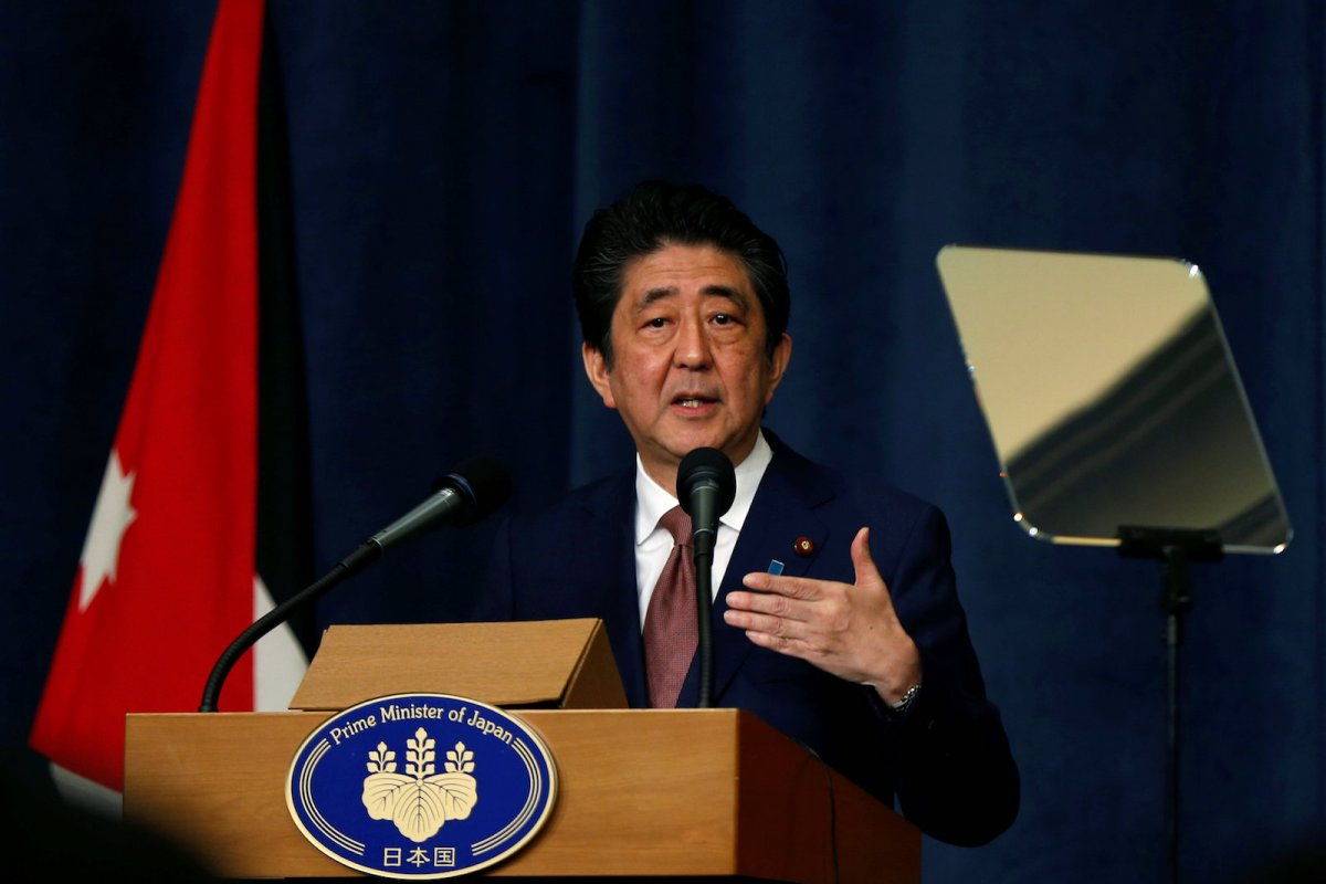 Japan's Prime Minister Shinzo Abe speaks during a news conference in Amman, Jordan on May 1, 2018. Photo: Reuters/ Muhammad Hamed