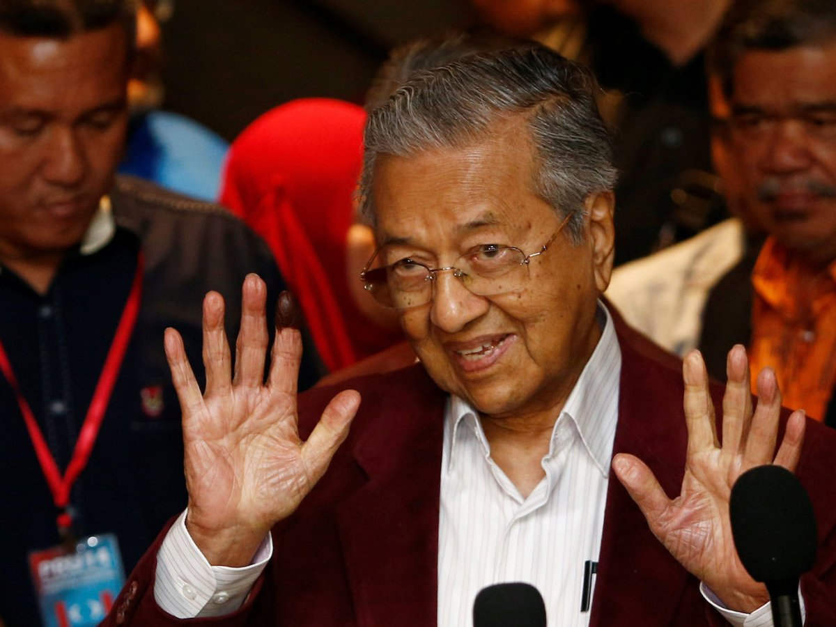 Mahathir Mohamad, former Malaysian prime minister and opposition candidate for Pakatan Harapan (Alliance of Hope) attends a news conference after general election, in Petaling Jaya, Malaysia, May 9, 2018. REUTERS/Lai Seng Sin