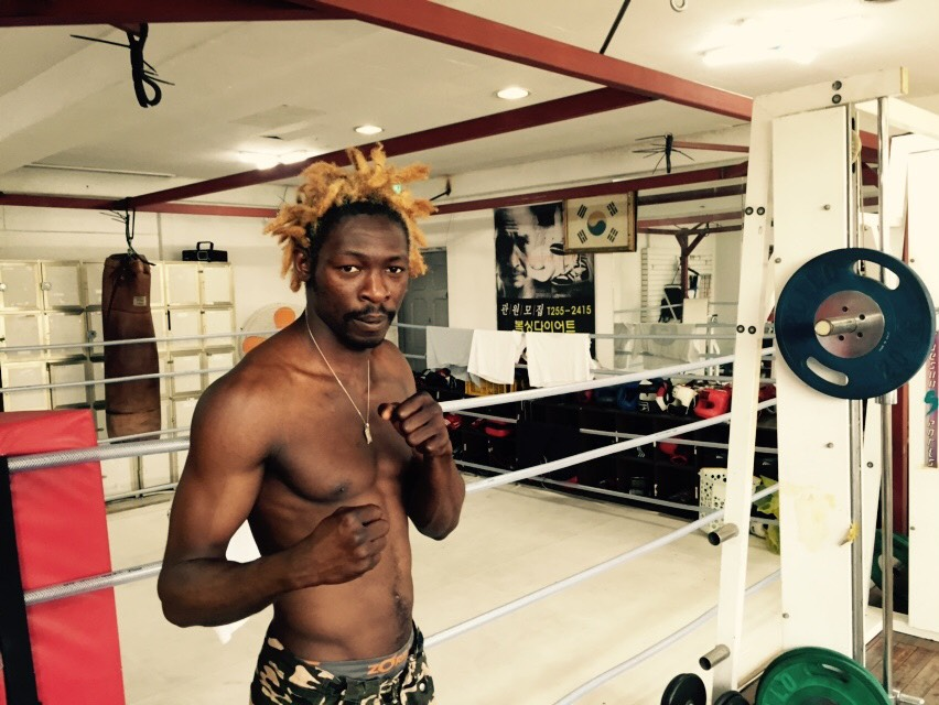 Cameroon-born boxer Abdoulaye Assan has won his fight for asylum in South Korea. Hundreds of refugees fleeing war-torn Yemen are not so lucky. Photo: Steven Borowiec