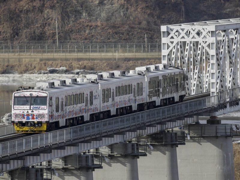 A South Korean train on the Imjingang railroad bridge near Imjingang Station in Paju, South Korea, near the border with North Korea. Photo: AFP/Seung-il Ryu