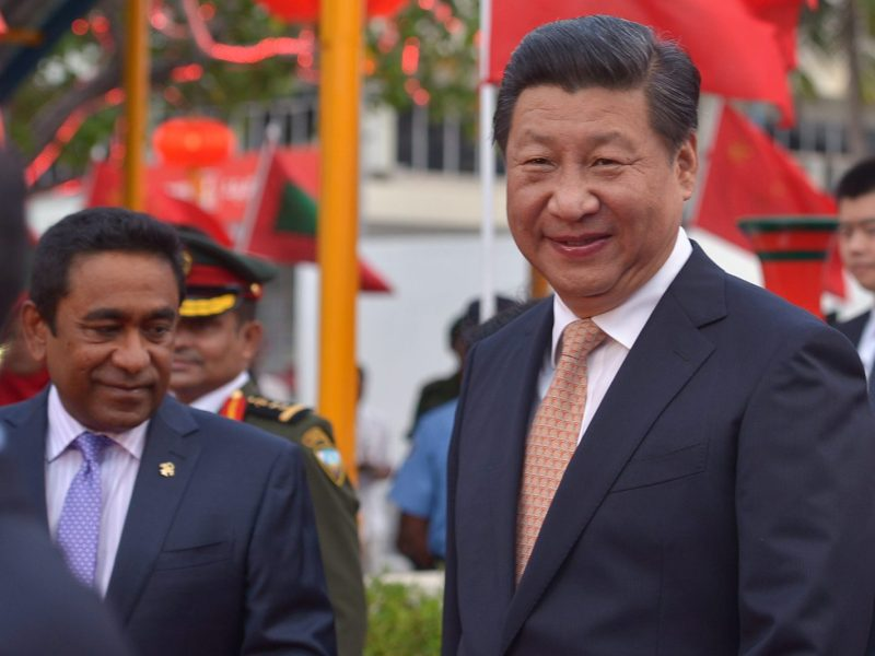 Chinese President Xi Jinping, right, and Maldives President Abdulla Yameen at the Ibrahim Nasir International Airport in Hulhule on September 14, 2014. Photo: AFP/Haveru/Mohamed Sharuhaan