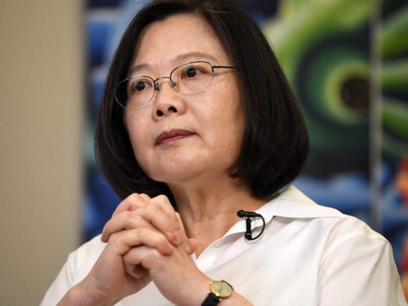 احتفت رئيسة تايوان تساي إنج-ون بتعديل في قانون الاستفتاءات كلحظة تاريخية في تاريخ الديمقراطية في تايوان، وهو تصريح قد تكون ندمت عليه. صورة: AFP / Sam Yeh
