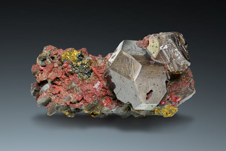 Raw Cobaltite ore is the driving force behind the technology boom. Photo: Shutterstock
