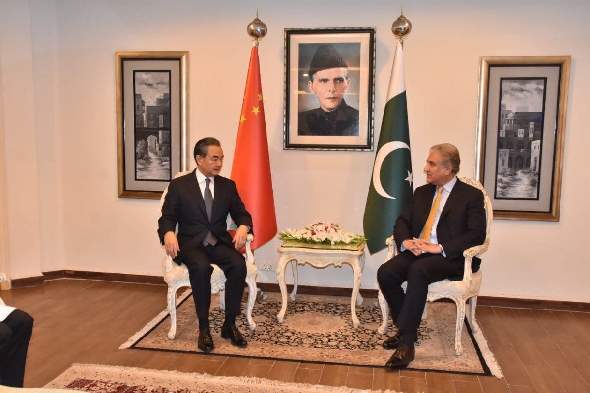China's Foreign Minister Wang Yi meets his Pakistani counterpart Shah Mehmood Qureshi in Islamabad late last week. Photo: Pakistani Foreign Office handout / Anadolu