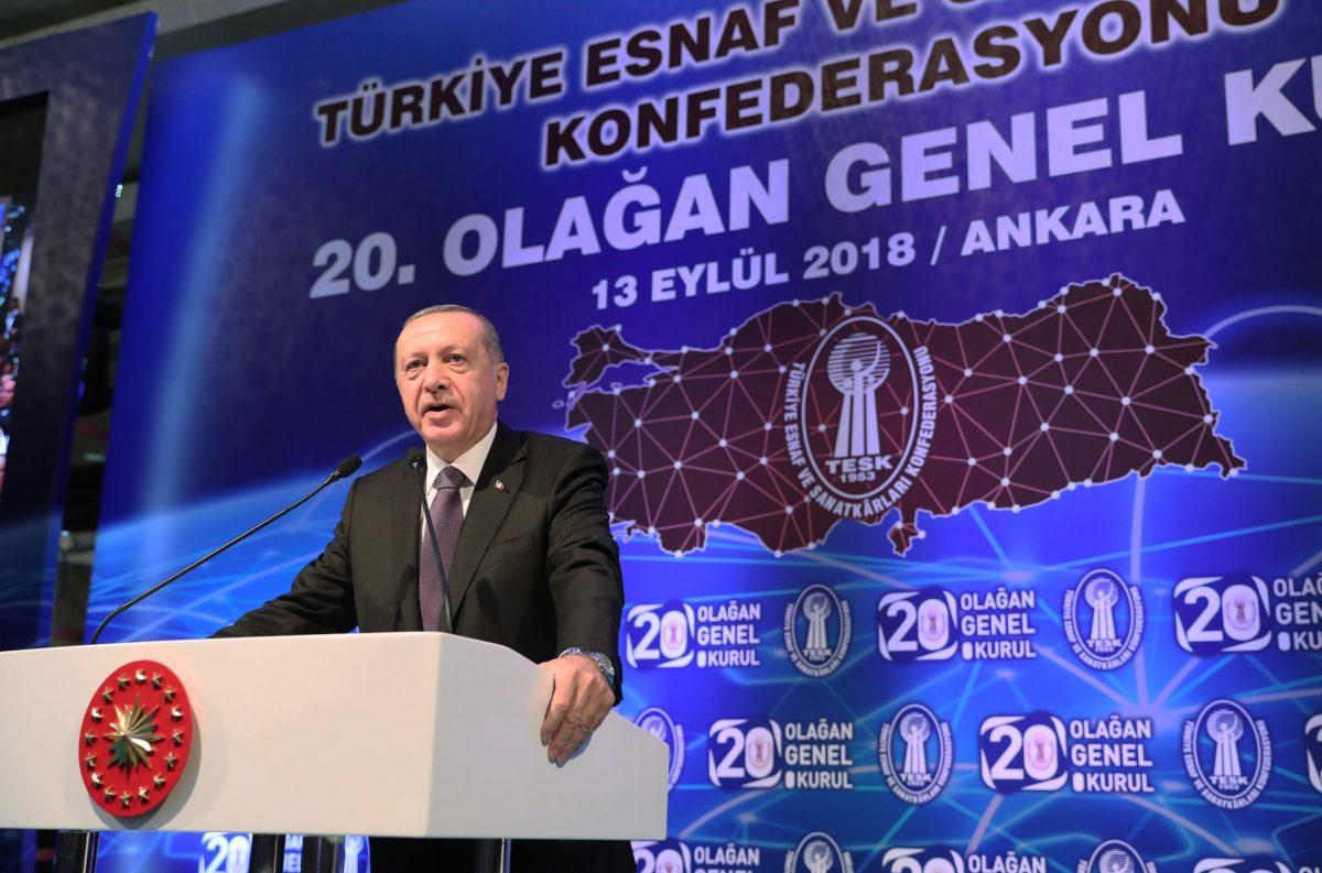 Turkish President Recep Tayyip Erdogan makes a speech to the Confederation of Turkish Tradesmen and Craftsmen in Ankara on September 13, 2018. Kayhan Ozer / Anadolu