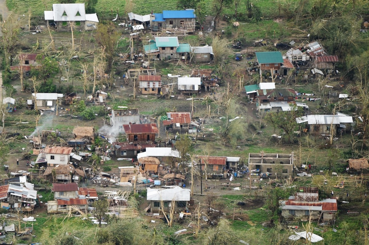 An aerial photo shows houses destroyed at the height of super Typhoon Mangkhut in Tuguegarao City, in Cagayan province, on September 16, 2018. Photo: AFP / Ted Aljibe