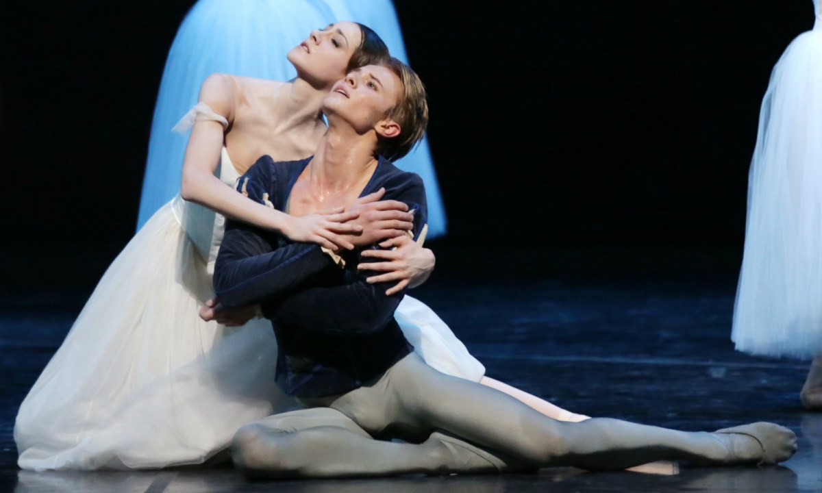 Giselle by La Scala with Nicoletta Manni and Timofej Andrijashenko. Photo: La Scala Theatre Ballet Company