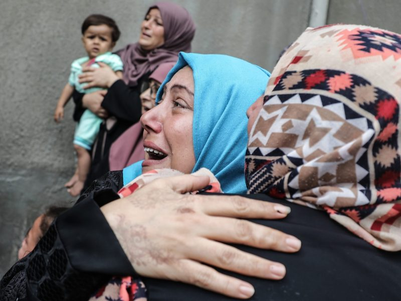 Relatives mourn over the death of Naji al-Zaanin, 25, killed in a fresh Israeli airstrike in the Gaza Strip, during his funeral ceremony in Gaza City on October 17, 2018. In a statement, the ministry identified the victim as Naji al-Zaanin, 25, in the attack that targeted the northern city of Beit Lahia. Ali Jadallah / Anadolu Agency