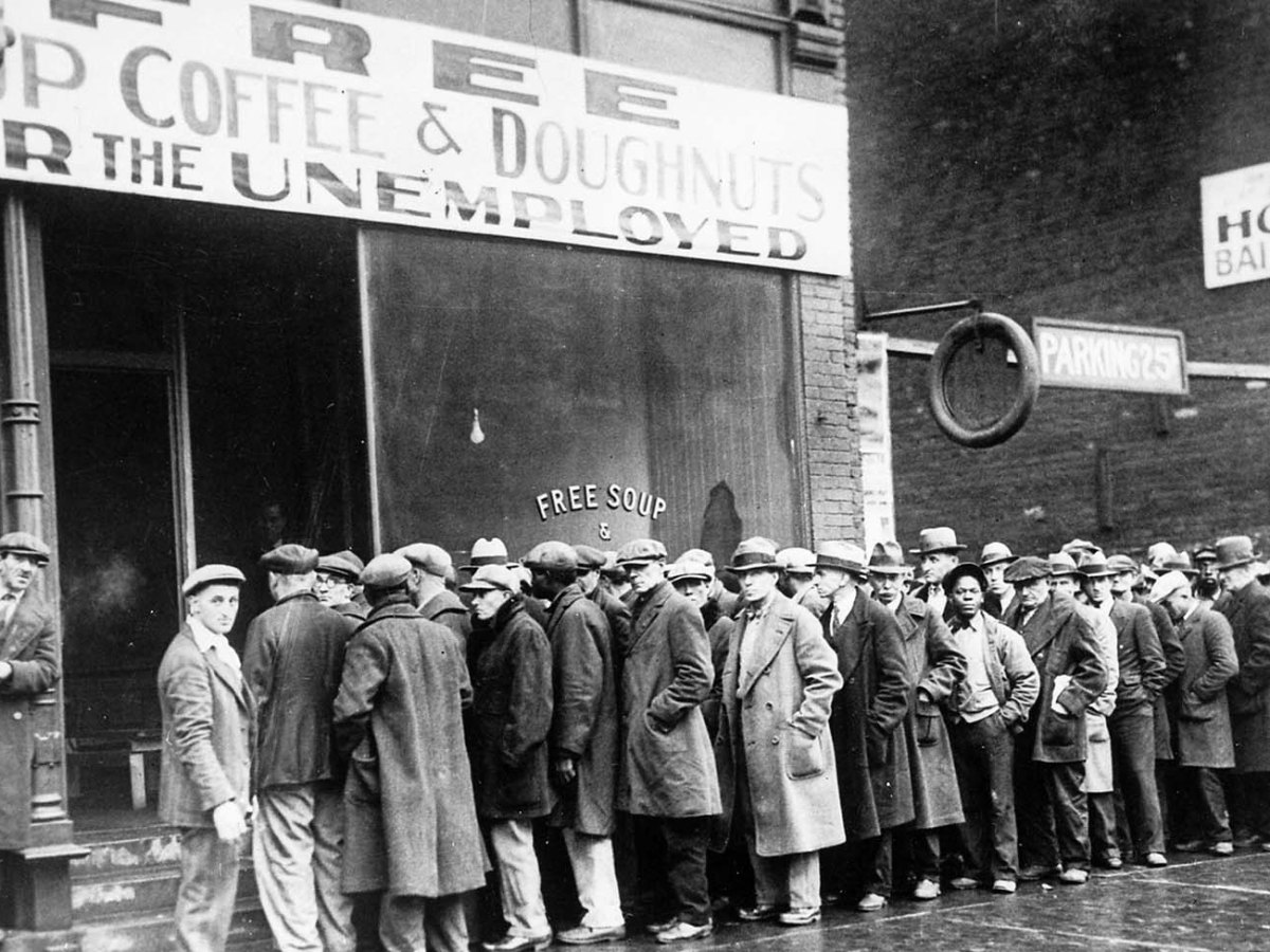 Unemployed men line up outside a soup kitchen in Chicago during the Great Depression in 1931. Photo: US National Archives and Records Administration
