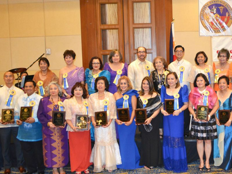Ten Filipino-American nurses were honored for their outstanding service in the medical field in the US. Photo: Facebook