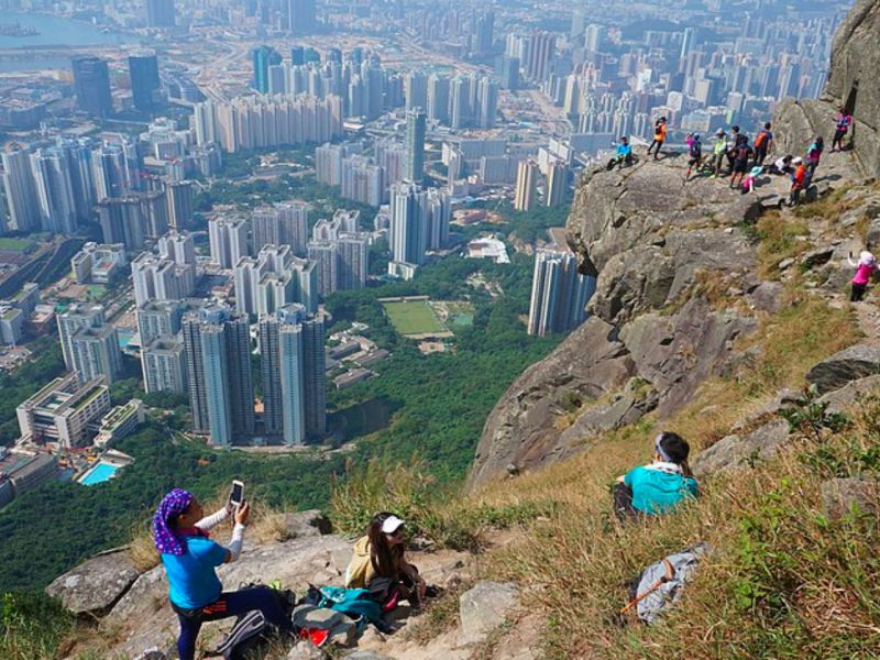 Kowloon Peak, Kowloon Photo: Wikimedia Commons