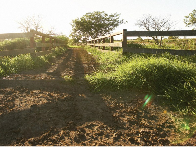 The entrance to a farm in Australia. Photo: Wikimedia Commons
