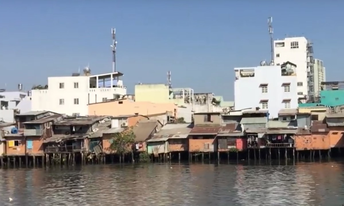 Ho Chi Minh City's canals are set to be completely redeveloped by 2020. Captured on Youtube.