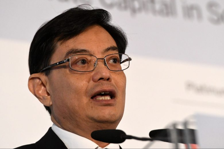 Singapore Finance Minister Heng Swee Keat delivers a keynote address at the 8th World Bank-Singapore infrastructure Finance Summit in Singapore on April 5, 2018. Photo: AFP/Roslan Rahman