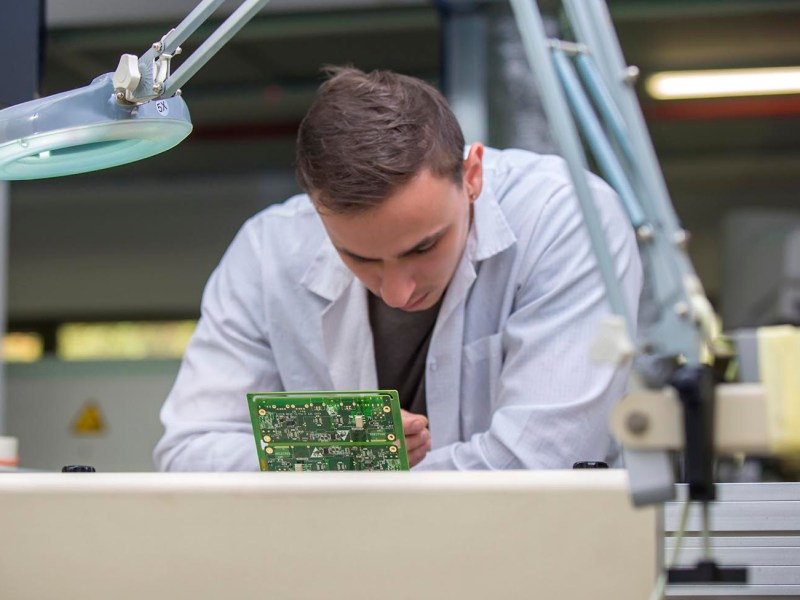 An Israeli technician assembles a circuit board. Photo: iStock