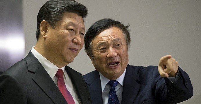 Chinese President Xi Jinping (left) is seen with Huawei founder Ren Zhengfei at the company's R&D center in London during Xi's state visit to Britain in October 2015. Photo: Reuters