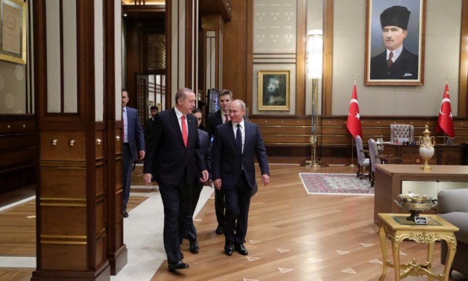2017年9月28日,土耳其總統埃爾多安和俄羅斯總統普京在土耳其安卡拉的總統府舉行會議。相片:Sputnik / Mikhail Klimentyev / Kremlin via Reuters