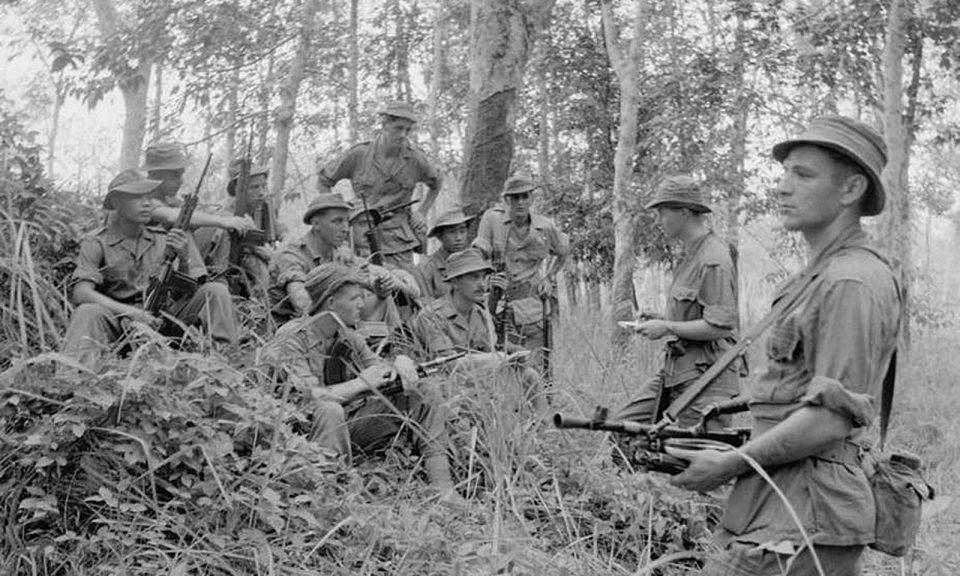 當大屠殺發生時,英軍在宣布全馬來亞進入緊急狀態後對抗共產主義叛亂分子。相片:© IWM (D 88041), CC BY-NC