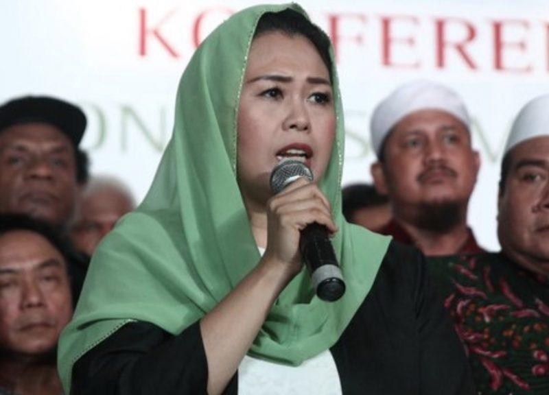 在愈來愈不容忍伊斯蘭教的印尼之中,燕妮瓦希德代表溫和派發聲。相片:Youtube