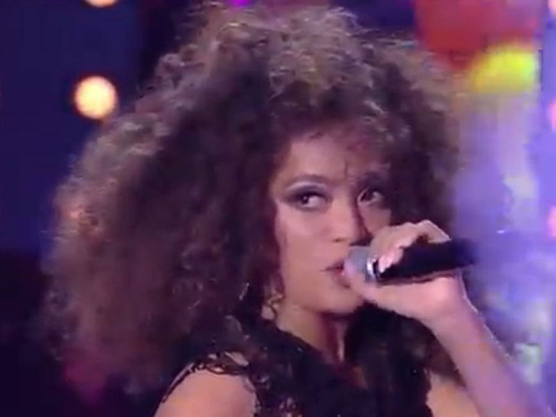 Filipina singer Bella Santiago was the grand winner of The X Factor Romania. Photo: YouTube/The X Factor Romania