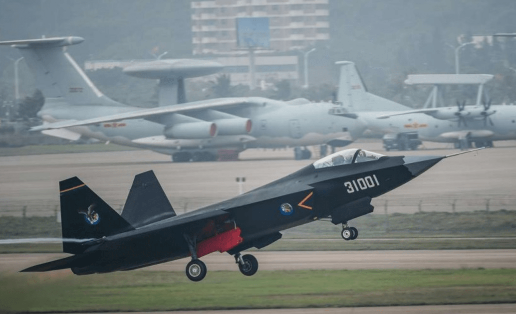 The PLA has pinned hopes on the FC-31, aka J-31, to form a new carrier-borne fighter squadron. Photo: Twitter