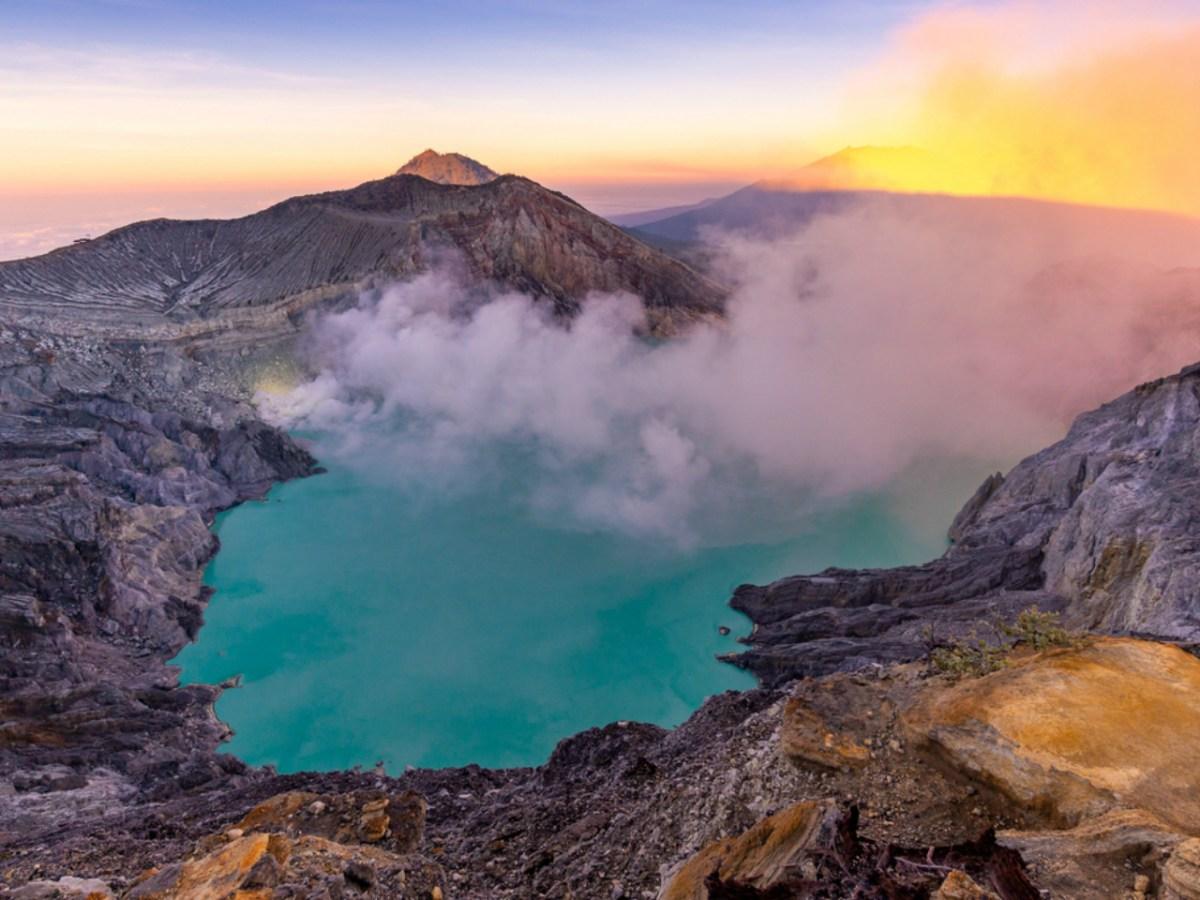 Kawah Ijen, Indonesia. Photo: iStock.