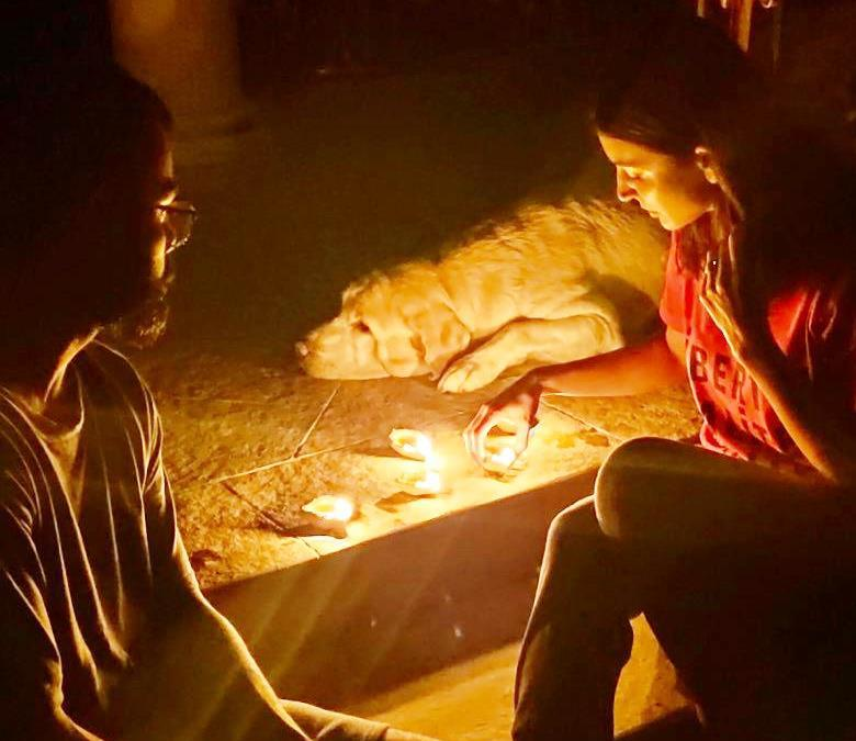 India lights up at 9.00 pm April 5, in universal solidarity against COVID-19