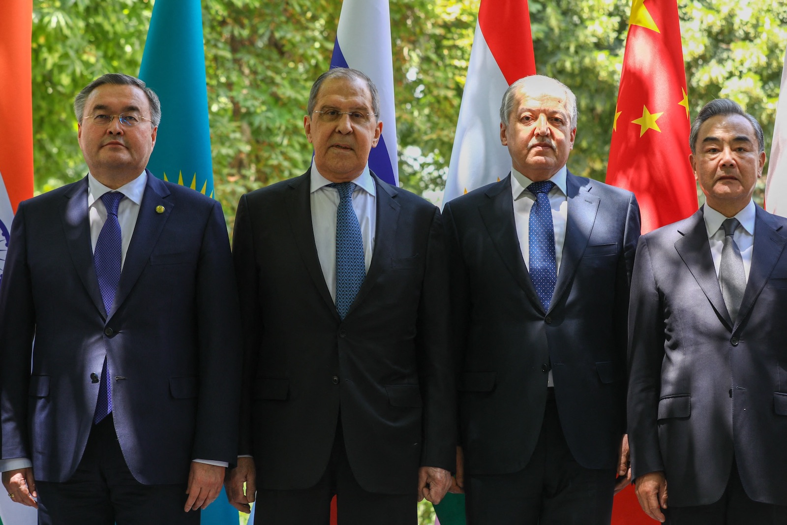 Kazakhstan's Foreign Minister Mukhtar Tileuberdi, Russian Foreign Minister Sergey Lavrov, Tajik Foreign Minister Sirojiddin Muhriddin and Chinese Foreign Minister Wang Yi pose for a family photo before a meeting of Shanghai Cooperation Organization (SCO) Contact Group on Afghanistan, in Dushanbe, Tajikistan. Photo: Russian Foreign Ministry / Sputnik via AFP
