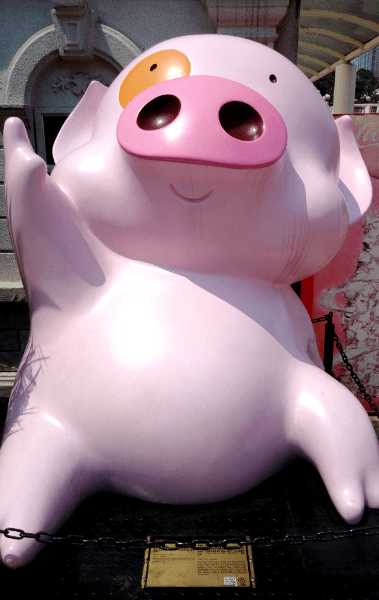 What To See in Hong Kong - Avenue Stars Hong Kong - McDull