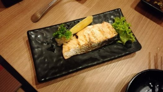 Best Places To Eat In Kuala Lumpur - Kinjuku SetiaWalk Mall Review - Salmon Shioyaki