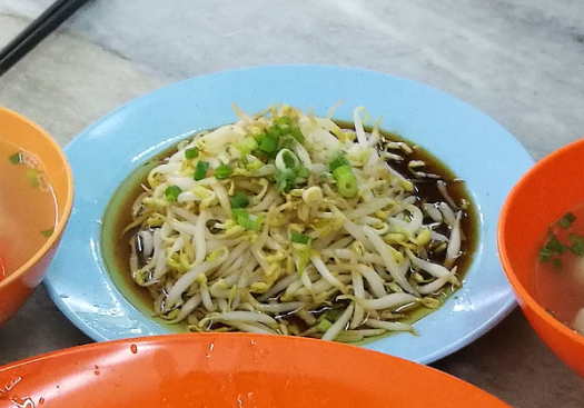 Fat, Crunchy and Juicy Bean Sprouts grown with fresh spring water from the limestone hills