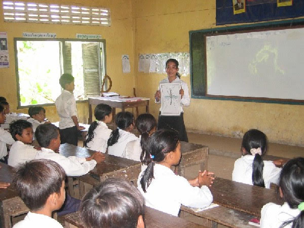 Literacy Target of a Sustainable Development Goal  By Dr Hang Chuon Naron and Anne Lemaistre*