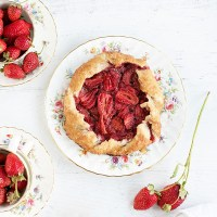Rustic Strawberry Galette + San Francisco CSA