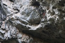 """Klettern bei Thakhek im """"Roof"""""""