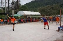 in SO-Asien beliebtes Rückschlag-Spiel, in Laos Kator genannt
